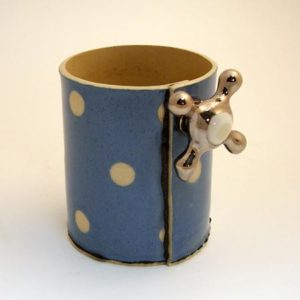 19. Mug, slip-cast earthenware, 2001, H. 9cm.